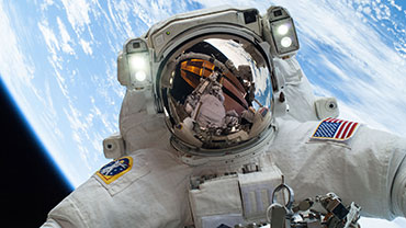 First Untethered Spacewalk