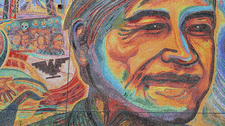 César Chávez Day is observed in the United States on March 31 each year. It celebrates the birthday of César Estrada Chávez and it serves as a tribute to his commitment to social justice and respect for human dignity.   Cesar Chavez Day is an official state holiday...